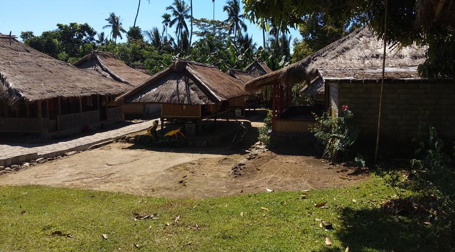 senaru-village2