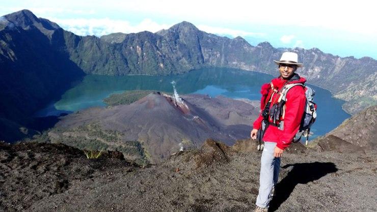 View crater lake Segara Anak